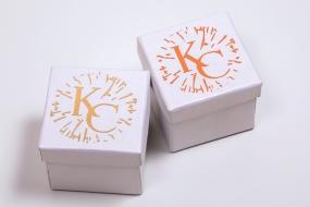 Паковання з картону та гофрокартону: Упаковка для ювелірних виробів