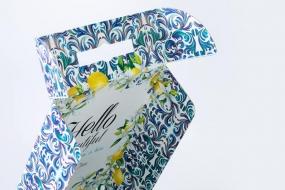Фирменные коробки для женской одежды flirtandtan.com
